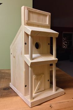 WESTERN STYLE THEMED BIRDHOUSE. Simple Style Western Pine Birdhouse. ~ The Skaarsgard Collection ~ NASHVILLE IN 47448