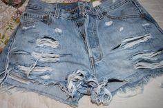 Diy distressed denim shorts (rips & bleach)