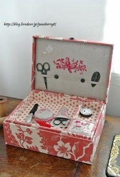 刺しゅうとカルトナージュのお裁縫箱 (3)