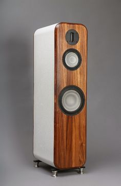 Wizard High-End Audio Blog: Loudspeaker Cool mod cabinet. Could look cool with walnut front.