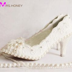 Plus Size White Wedding Shoes Women Lace High Heel Shoes Beautiful Lace Bridesmaid Shoes Middle Heel Party Dancing Shoes