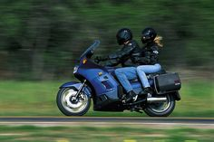 Being an Effective Passenger and Two-Up Rider: Tips for those who ride together
