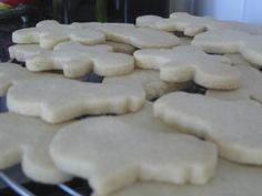 Shortbread Cookies | Foodie: Your Recipes. Your way. Shortbread Cookies, Baking, Desserts, Recipes, Food, Tailgate Desserts, Deserts, Spritz Cookies, Bakken