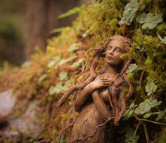 Artist Transforms Driftwood Into Fantastical Sculptures That Look Like Spirits of Nature - My Modern Met