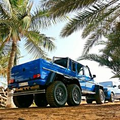 "The Mercedes-Benz G63 AMG 6x6 ""Sea Monster"""