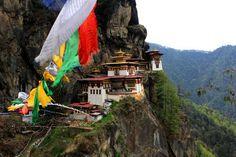 Mirando al mundo con sentimientos: El Nido del Tigre (Taktsang Palphug )