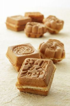 Japanese sweets, Ningyo-yaki 人形焼, food photography
