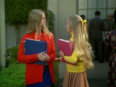 I'm going to keep it going with a Brady Bunch episode that's always haunted me. Sixties Fashion, Fashion Tv, Dark Blonde, Blonde Hair, Marsha Brady, Eve Plumb, Robert Reed, Maureen Mccormick, The Brady Bunch