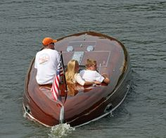 """""""Ethyl-Ruth IV"""" – 1934 Hacker Gold Cup Race Boat"""