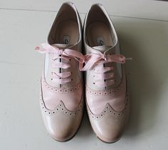 Nude Tones with Clarks Humble Oak in Dusty Pink - Anoushka Loves Pink Suede Shoes, Dusty Pink, Clarks, Oxford Shoes, Dress Shoes, Lace Up, Nude, My Style, Fashion