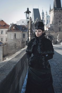 Victorian Winter Gothic Costume  Ph: Stanislav Aleksashin Md: Katherine Baumgertner Dress: Katherine Baumgertner Prague 2017  #victorian #gothic #dark_beauty #blackmart #winter #gothicgirl #goth #prague