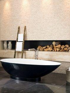 Oval #bathtub NAPOLI by Victoria + Albert #bathroom @Victoria + Albert