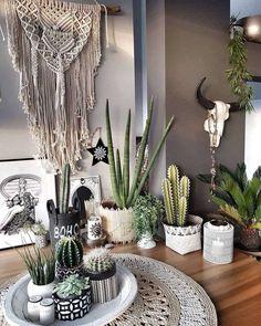 Bohemian theme - New Deko Sites Bohemian Theme, Bohemian House, Boho Decor, Deco Boheme Chic, Living Room Decor, Bedroom Decor, Diy Home Decor, House Design, Interior Design