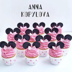 Barbie Birthday Cake, Birthday Cake Girls, Birthday Cake For Men Easy, Cupcake Cookies, Cupcakes, Little Mermaid Parties, Minnie Mouse Cake, Amazing Cakes, Fondant