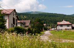 village Šumiac with her typical houses - with mountain Kráľova hoľa http://www.sumiac.sk/