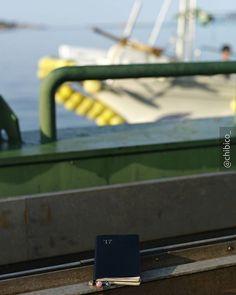今日は早起きして、フェリーに乗って島へ行くという初の経験をしてきました。 #nolty#journal#journaling#planneraddict#planner#plannergirl#plannerlove#stationery#fpgeeks#leicam8#おっちゃん手帳#能率手帳#手帳時間#手帳タイム#文房具#ライカm8#ライカ