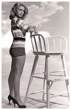 Beautiful Elizabeth Montgomery