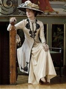A great article about the history of early 20th century hats through Downton Abbey.