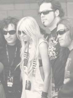 The Pretty Reckless--I love these guys, their music is awesome!