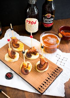 Pulpo a la gallega y estrella galicia, un combo ideal Malta, Blog Entry, Waffles, Recipe Community, Dishes, Breakfast, Ethnic Recipes, Favorite Recipes, Board