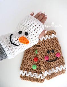 Crochet Christmas Fingerless Gloves - Repeat Crafter Me Knitting ProjectsKnitting For KidsCrochet ProjectsCrochet Amigurumi Quick Crochet, Crochet For Kids, Free Crochet, Knit Crochet, Crotchet, Christmas Crochet Patterns, Holiday Crochet, Crochet Gifts, Crochet Christmas Hats