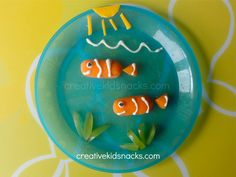 Finding Nemo Snack - really cute ideas for healthy snacks for kids!  (truly healthy!)