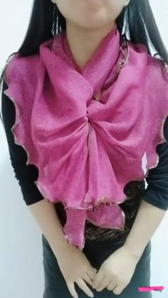 Loose Autumn Sweater Women 2020 New Korean Elegant Knitted Sweater Oversized Warm Female Pullovers Fashion Solid Tops Ways To Tie Scarves, Ways To Wear A Scarf, How To Wear Scarves, Scarf Wearing Styles, Scarf Styles, Wearing Scarves, Scarf Knots, Diy Scarf, Diy Fashion Hacks