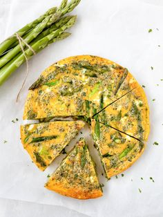 Grüne Spargelfrittata Frittata, Kraut, Vegetable Pizza, Low Carb, Vegetables, Breakfast, Kitchen, Recipes, Business