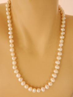 Vintage Freshwater Pearl Choker Necklace Classic Costume Jewelry 20  #Choker & Vintage Faux Pearl Choker Necklace Knotted Rope Rhinestone Clasp 14 ...