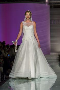 #weddinggowns #toispose