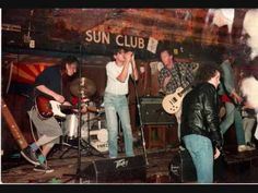Gin Blossoms: If I Only Had a Brain & Sugar, Sugar (Live at Chuy's Night Club Aug, 1990) - YouTube