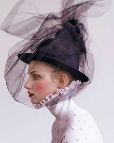 Beauty Verena by Genius. Fashion Photography Inspiration, Beauty Photography, Creative Photography, Editorial Photography, Portrait Photography, Lifestyle Photography, Foto Fashion, Fashion Art, Editorial Fashion