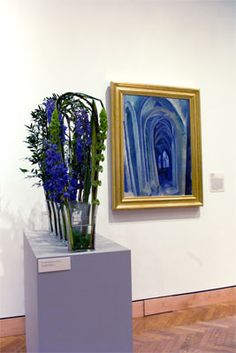 this picture is from art in bloom at the minneapolis institue of art show starting april 28th of this year and  it is  an interpretation of  the gothioc arches of Sain Severin cathedral in Paris Paris just happens to be one of my favorite places