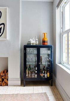 Living Room Bar, Home And Living, Dining Room With Bar, Dining Room Storage, Kitchen Living, Small Living, Modern Living, Living Rooms, Home Bar Decor