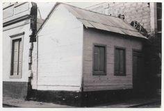 Foto de Valeria Martín. Vivienda de madera de la Calle Tauro