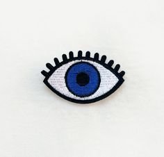 1 Pcs Blue Eye Embroidered Patches Iron On Patches Sewing Applique Badge Clothes Patch Stickers DIY Apparel Garment Accessories
