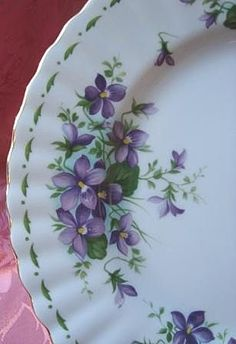 """Royal Albert """"February"""" Violets Plate Royal Albert, Flower Cart, Sweet Violets, Antique Chandelier, China Painting, All Things Purple, China Patterns, Vintage China, Fine China"""