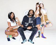 Snoop Dogg se lance dans la chaussette http://fashions-addict.com/Snoop-Dogg-se-lance-dans-la-chaussette_378___15124.html