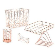 Give your office an authentic, sophisticated feel with the Copper Wire Desk Accessories. With copper wire construction that can fit infinite color palettes, these accessories give your desk a unique touch while keeping your stuff organized. Rose Gold Room Decor, Rose Gold Rooms, Office Organization At Work, Desktop Organization, Gold Bedroom, Bedroom Decor, Dorm Desk Decor, Diy Desk, Bedroom Ideas