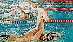 Für Sie haben wir uns mal so richtig nass gemacht: 10 Men's-Health-Kollegen haben 8 Wochen lang an ihrer Schwimmtechnik gefeilt. Ihre Erfahrungen und Tipps machen auch Sie schneller, stärker und schlanker. http://www.menshealth.de/special/so-schwimmen-sie-sich-schlank-sexy.185261.html