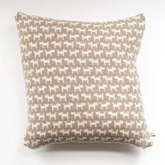 Mini dog print knit cushion