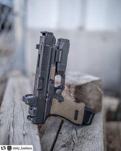 RAE Magazine Speedloaders will save you! Weapons Guns, Guns And Ammo, Revolver, 9mm Pistol, Armas Airsoft, Glock Mods, Shooting Guns, Custom Guns, Military Guns
