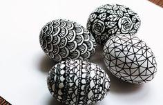 Uova decorate con pennarello