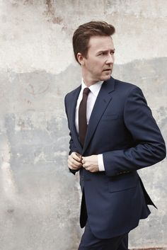 Edward Norton wearing a Prada wool suit, Giorgio Armani's cotton shirt and DKNY tie.  Photo by Lorenzo Agius