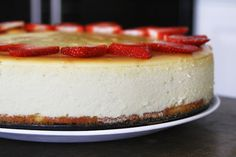 Cheesecake with Spongecake Crust