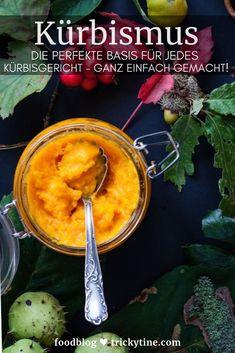 Ganz einfach gemachtes Kürbismus, tolle Basis für jedes Kürbisrezept. Ob Kürbissuppe, Kürbiskuchen, Kürbisrisotto - mit Kürbismus kannst Du jedes Herbstrezept ganz rasch zubereiten. Lässt sich auch super einfrieren! Foodblog trickytine.   #kürbis #kürbismus #rezept #foodblogger #trickytine #grundrezept #hokkaido #mealprep Good Food, Yummy Food, Food Blogs, Fabulous Foods, International Recipes, Creative Food, Veggie Recipes, Buffet, Delish