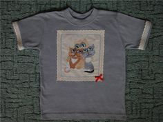 Embroidered shirt with cats free design