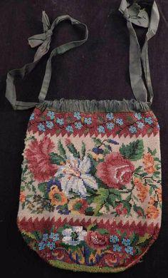 Antique~Vintage Microbeaded Purse~Clutch Bag~Roses~Floral Scene~Vibrant Colors