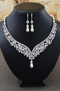 Vintage Style Bridal Jewelry Set from EarringsNation Bridal Statement Necklace Classic Weddings
