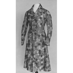 Dressing gown | V&A Search the Collections from 1860-1870